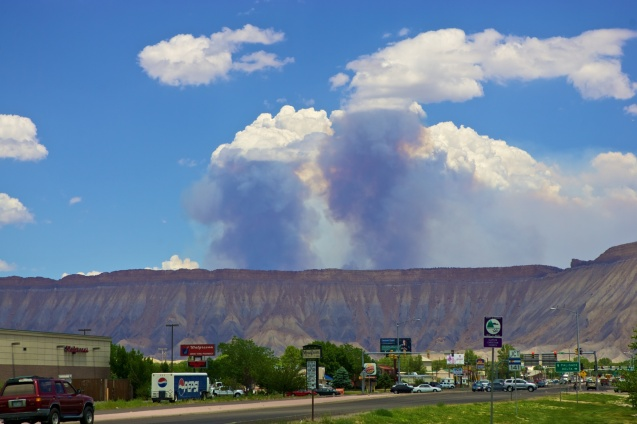 Joe Sterne photography,c2c12,roadtrip,colorado, i-70,Pine Ridge wildfire,