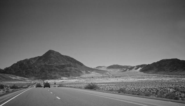Joe Sterne Photography, California, roadtrip, c2c12, black and white, mojave